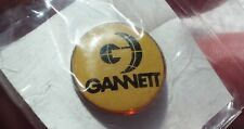 Gannett pin badge