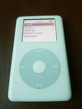 Apple iPod Classic 4th Gen (20GB) collectible retro Bundle Apple Dock, Charger