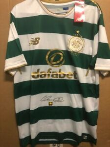 Signed Henrik Larsson Celtic FC retro shirt with Coa