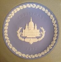 VINTAGE Wedgwood Blue Jasperware 1972 CHRISTMAS Plate ST. PAUL'S CATHEDRAL - MIB