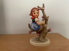 HUMMEL GIRL IN  APPLE TREE VINTAGE TMK 2 - ? LATE 1950'S