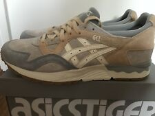 Nuevas ASICS Gel-Lyte V para Hombre Zapatillas glaciar Gris/Crema, Size UK 10