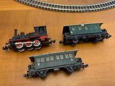 Trix N Gauge Train - Steam Locomotive + 2 Passenger Car Vagons