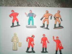 """Lot of 8 Construction Workers, flag man Orange, Beige outfits + 2"""" tall"""