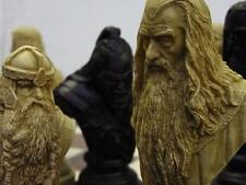 Un objet de collection grand & Heavy Lord of the Rings chess Set pions jeu PIECES
