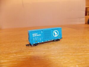 BACHMANN N 40' BOX CAR No GN53342 in GREAT NORTHERN Livery. N Gauge