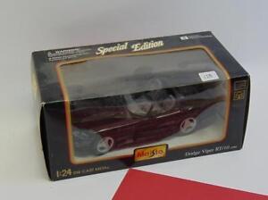 Special Edition Maisto 1:24 Scale 1995 Dodge Viper RT/10 Black Die Cast