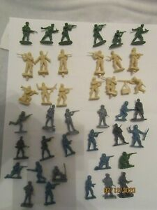 40 miniature plastic model soldiers British & German 1/72 scale for dioramas