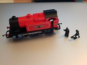 Hornby OO Gauge Model Red Steam Train Loco  0-4-0 43 Queen Mary VGC