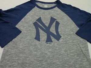 New York Yankees  MLB Majestic Cooperstown Collection  Raglan T-Shirt  Small