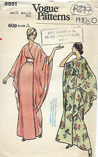 1973 Vintage VOGUE Sewing Pattern B34 CAFTAN ROBE DRESS (R877)