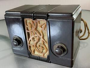 Rare 1930s International Kadette Jewel Compact Antique Bakelite Tube Radio