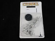 40K Battle Sister with Imagifer (Simulacrum Imperialis) Metal Blister Pack