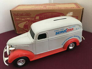Vintage 1938 1/25 Chevy ServiStar Panel Delivery Truck Diecast Coin Bank Ertl