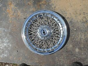 1982 to 1987 Pontiac Parisienne wire spoke hubcap wheel cover