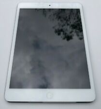iPad Mini 1st Generation 16GB, WiFi only 7.9 in White & Silver - Free Ship