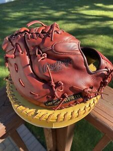 Rawlings Heart of the Hide 13 Inch PRODCTP First Base Mitt. Oxblood Color