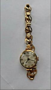 Waltham Ladies Gold Watch 2017