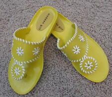 MADDEN GIRL womens 9 yellow white jelly sandals flip flops FAB!