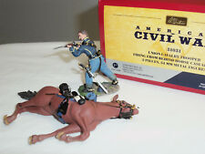 BRITAINS 31031 UNION CAVALRY TROOPER FIRING FROM BEHIND HORSE CASUALTY SET