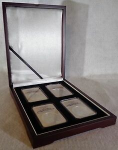 Lacquered Cherry Wood Single Coin Slab Display Box