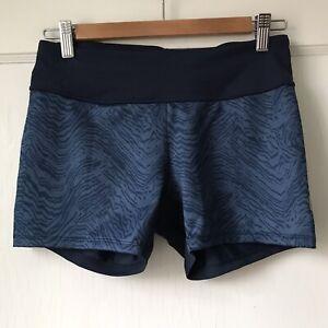 Pearl Izumi Womens Cycling Shorts Size L