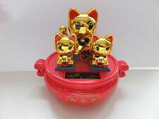 drei goldene solar Winkekatze Maneki Neko
