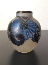 Vase en verre soufflé dépoli émaillé à décor floral signé Nancéa Art Déco