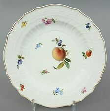 (MT101) Meissen Teller, buntes Obst Dekor, Neubrandenstein Relief, D= 24,2 cm