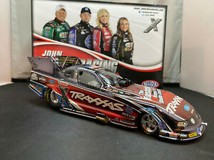 Action NHRA 252 Courtney Force Traxxas 14' Chrome Ford Mustang Funny Car Diecast
