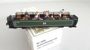 H0e Technomodell 2409 Aussichtswagen DR mit Bestuhlung und Figuren in OVP