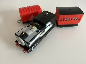 trackmaster revolution thomas the tank engine battery train Freddie and Trucks