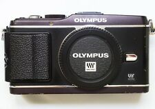 Olympus PEN E-P3 12.3MP Black (Body Only) w/ Battery & Charger
