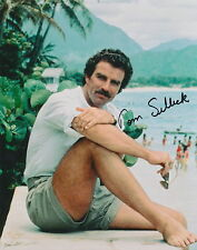 Tom Selleck signed MAGNUM PI photo