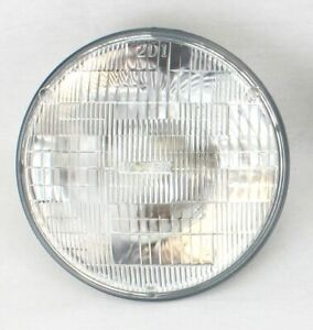 "7"" Round Halogen Sealed Beam Glass Headlight Headlamp Light Bulb 12V New"
