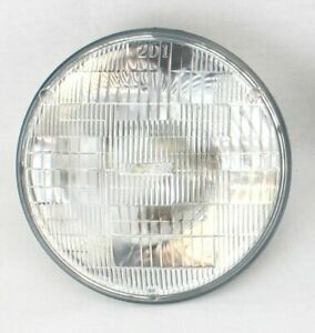 "7"" Round Halogen Sealed Beam Glass Headlight Head Lamp Light Bulb 12V New"