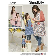 Simplicity Sewing Pattern 8712 Women's, Children & Doll Matching Aprons