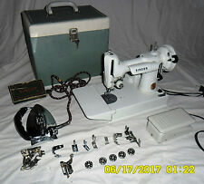 Singer 221 Featherweight White w/ orig case, accessories & matching iron 110V US
