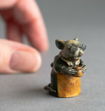 More details for tiny cute cold painted bronze miniature anthropomorphic grandma mouse - signed