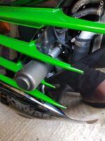 KAWASAKI ZZR1400 2012-2021 CRASH PROTECTION KNOBS PUCKS SLIDERS R10E2
