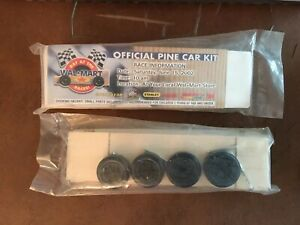 Walmart Day at the Races Official Pine Car Kit 2002 Unopened Pinewood Derby RARE