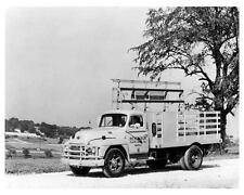 1952 Diamond T 322 Glass Dealers Rack Truck Photo u680-BPJ4KE