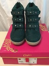 NIB Candie's Emerald Faux Suede Wedges W/Studs 3 Straps Ankle Boots Back Zip 9M