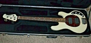 Ernie Ball Music Man StingRay 4HH Bass guitar Buttercream  headstock w/HSC