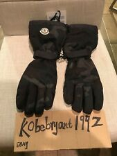 18c4fa538778 Moncler Gloves   Mittens for Men