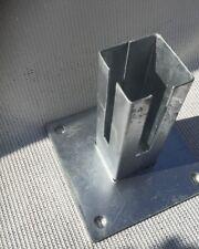 Bodenplatte für Zaunpfosten 60 x 60mm verzinkt   Doppelstabmatte