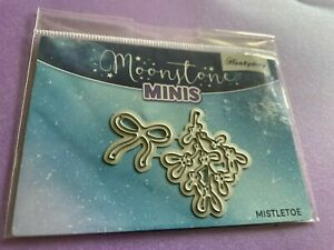 MOONSTONE MINIS MISTLETOE AND BOW DIES FROM HUNKYDORY CRAFTS.