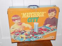 Matchbox City Vinyl Over Cardboard Travel Case 1973