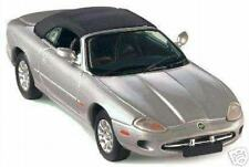 "Jaguar XK8 Cabrio Top-Up ""Silver"" (Vitesse 1:43 / 25100)"