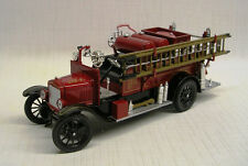 1926 Ford Model T Fire Truck Detroit 1:32 Die-Cast Signature Models 32313